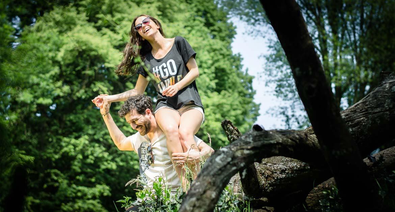 Das WoodShirt von wijld wird aus Holz gefertigt und zeigt das ökologische und faire Kleidung auch in der EU zu fairen Preisen gefertigt werden kann