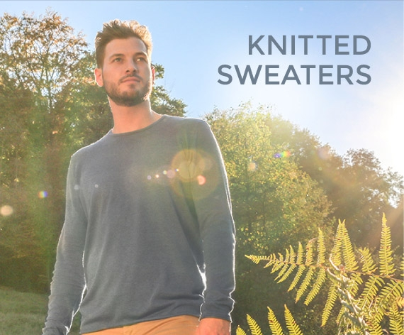 knitted sweater made of wood for men